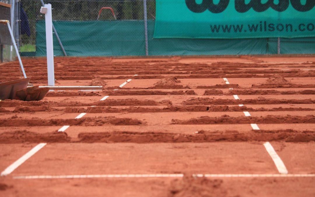 Tennisplätze richtig instand setzen – Die Frühjahrsinstandsetzung