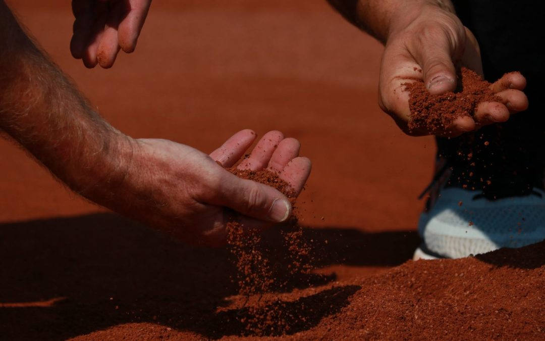 Tennis Belagsarten: Gebundene Splittbeläge als Spieldecke